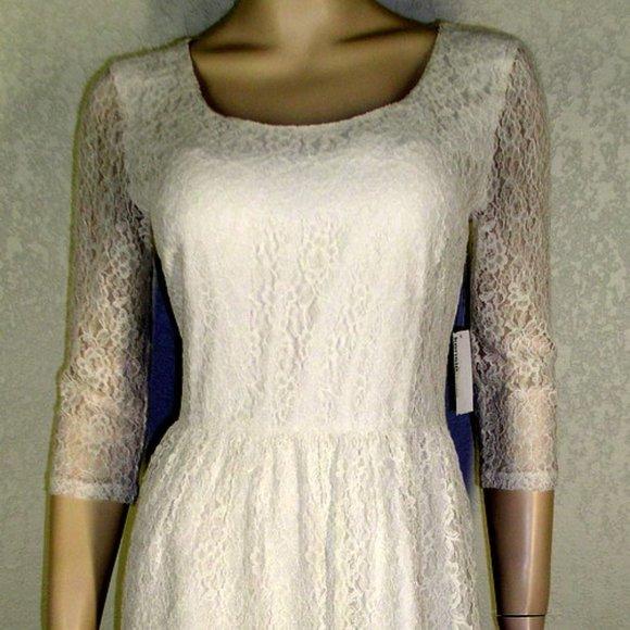 Kensie Dresses & Skirts - Kensie Dresses NWT Ivory Lace Overlay Dress